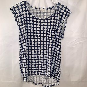 (4 for $25) GAP Blue and White Top